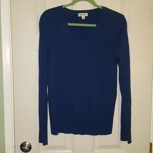 Lightweight pullover sweater